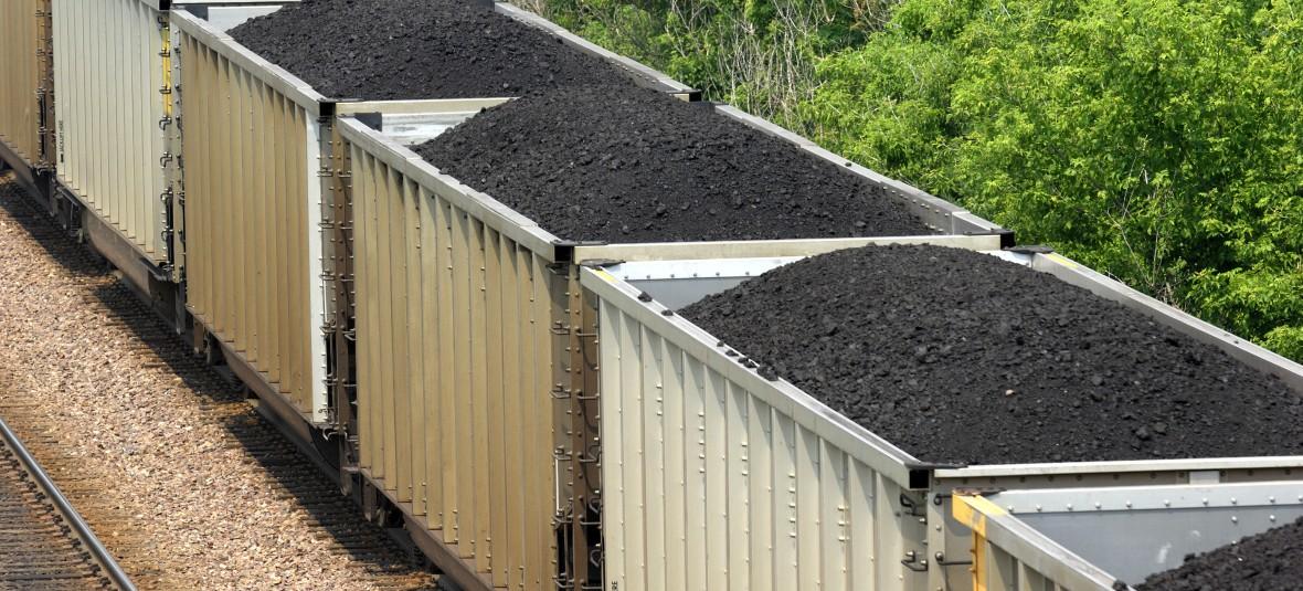 Thinkstock_coal-train_144272202